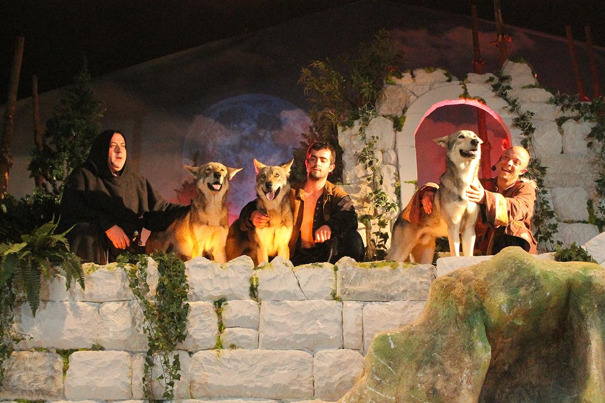 Spectacle des loups Sentier des Daims