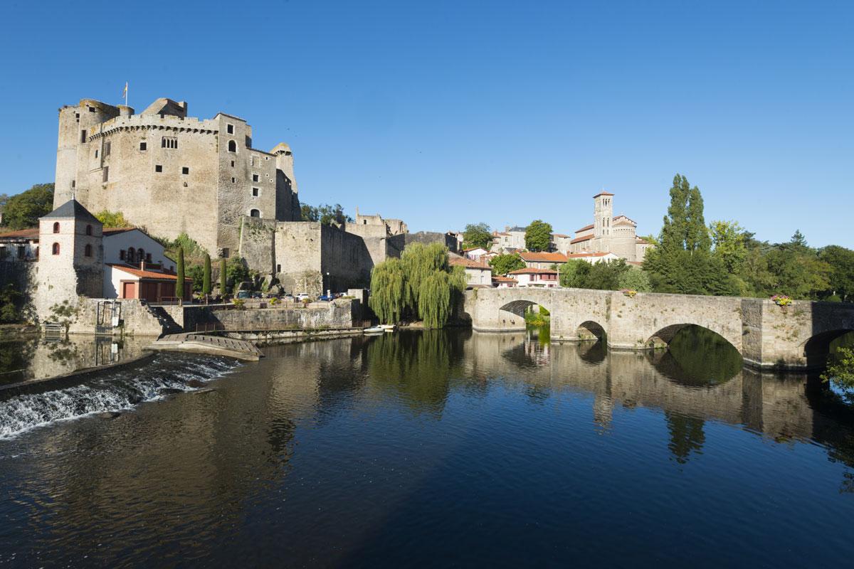 Extérieur du château de Clisson