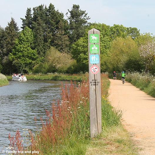 Balade à vélo sur le Canal de Nantes à Brest