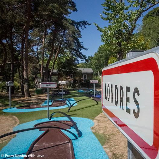 Jouer mini golf à Nantes