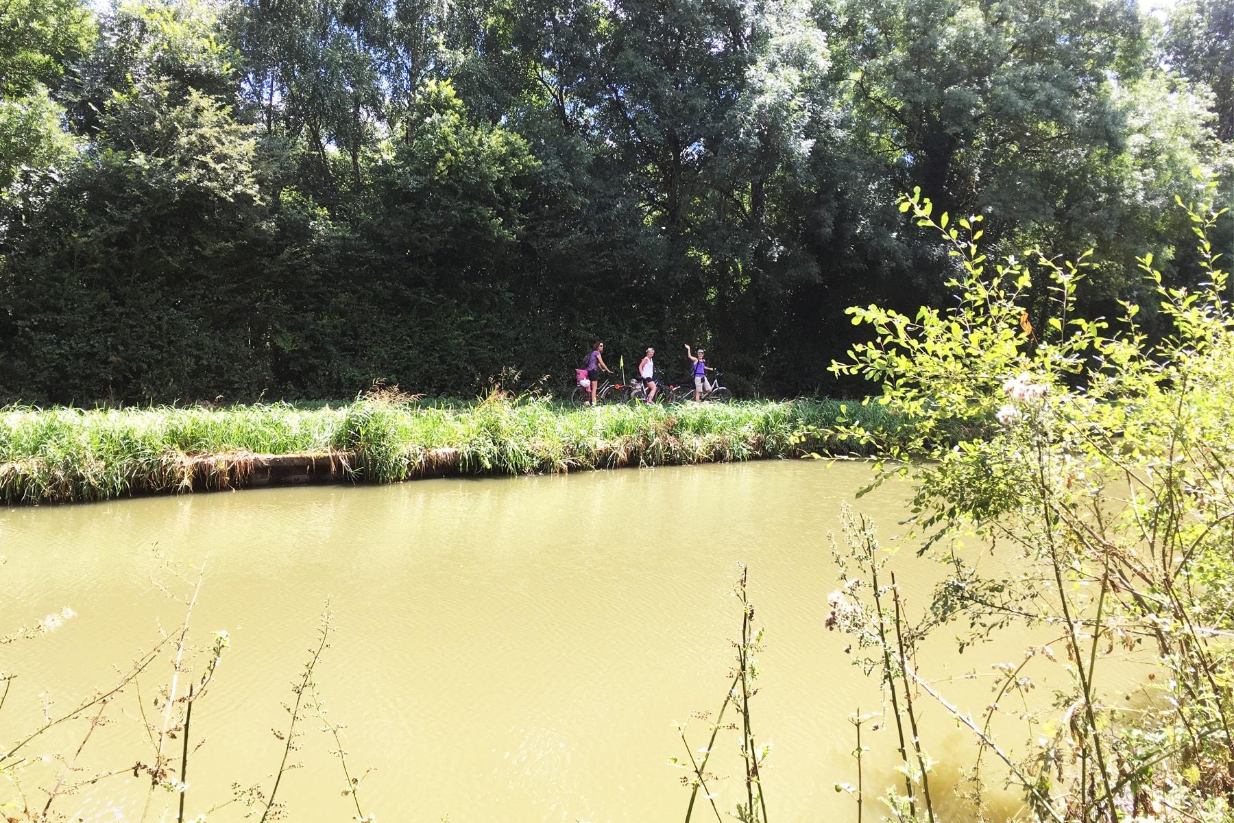 Fin du voyage à vélo sur le canal de Nantes à Brest entre Redon et Blain