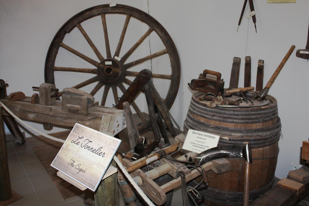 Tonneliers du musée Benoist près de la forêt du Gâvre