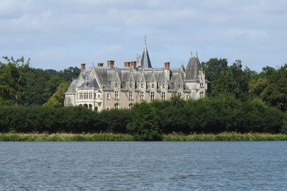 vue hôtel la régate Erdre Nantes