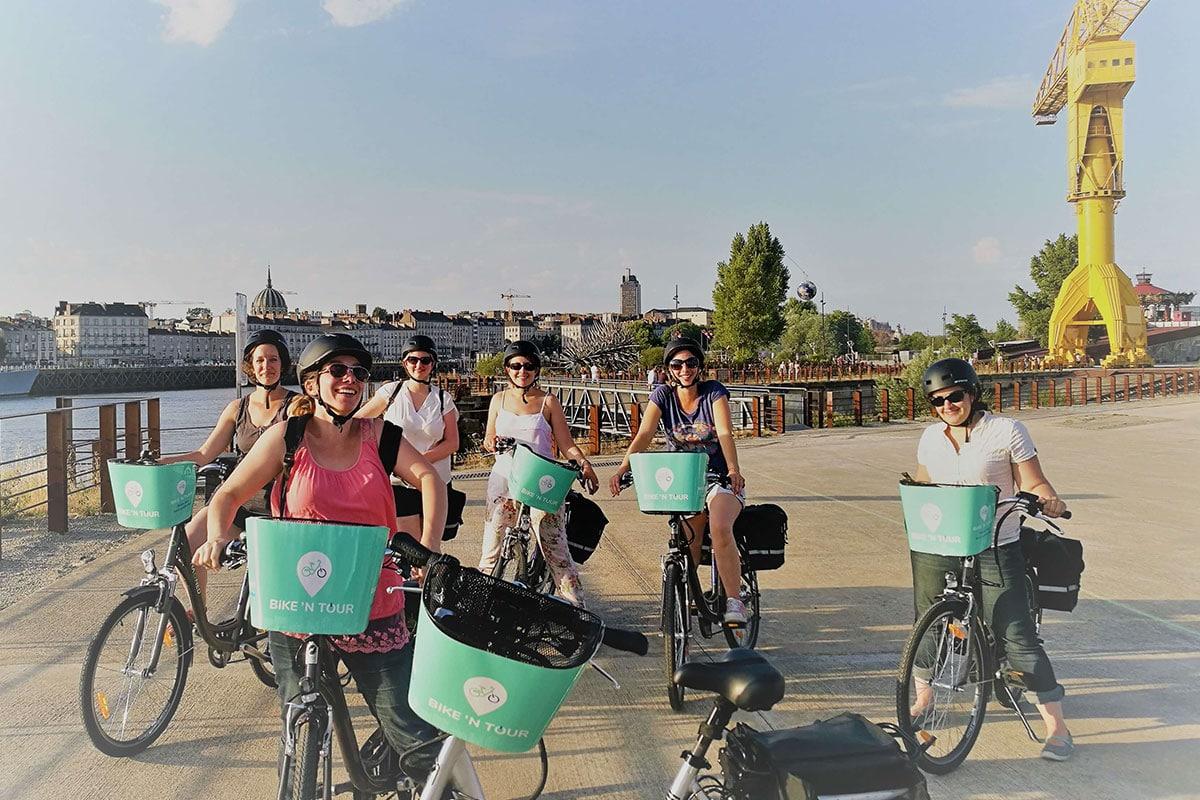 Bike n tour visites de nantes en v lo lectrique tourisme loire atlantique - Visiter nantes en famille ...