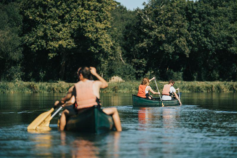 Balade en canoë sur le Canal de Nantes à Brest à Guenrouët © Jérémy Jéhanin