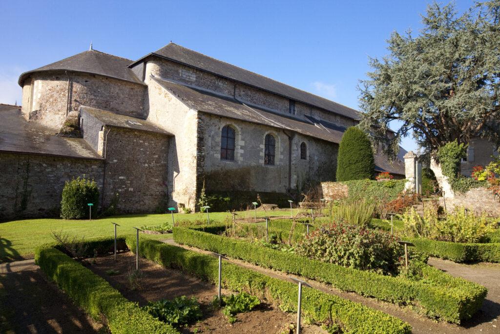 L'Abbatiale-Déas de Saint-Philbert de Grand-Lieu @ T. Locquard