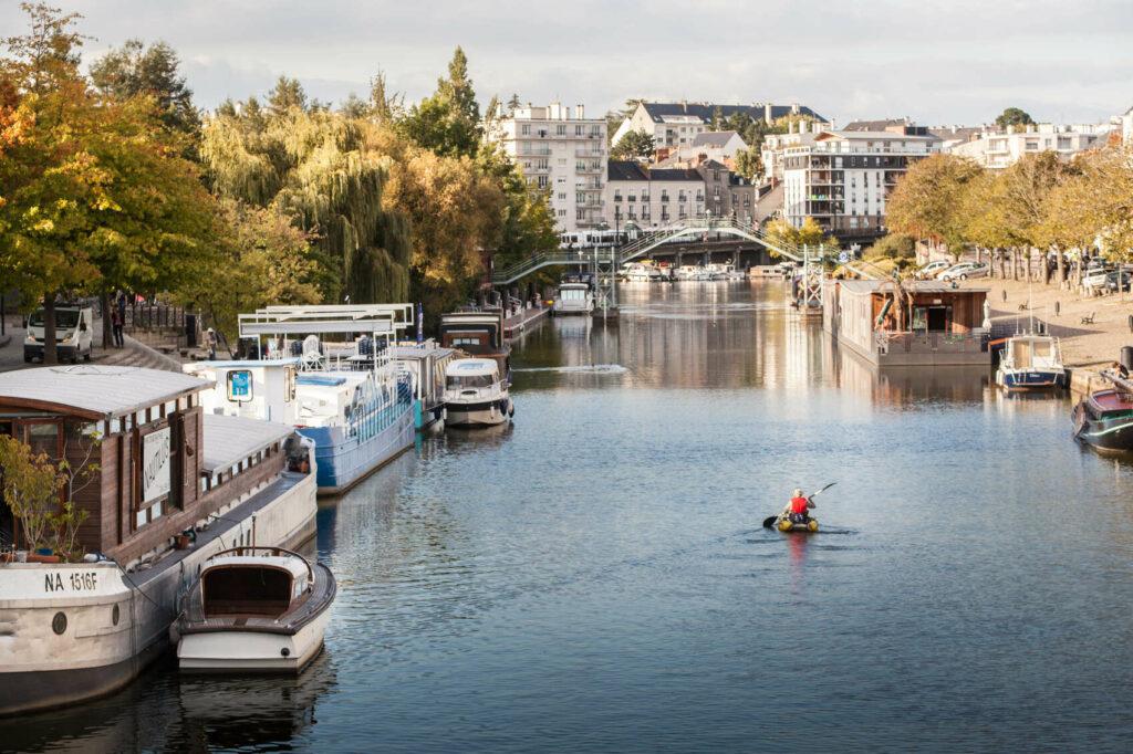 Canoé sur l'Erdre à Nantes @V. Bauza